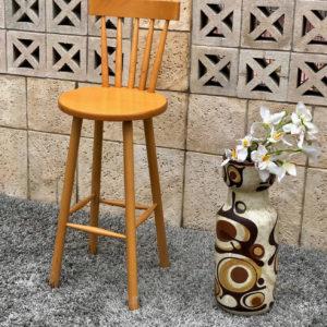 כיסא בר D06