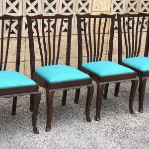 כסאות וינטאג' תכלת מחודש D02