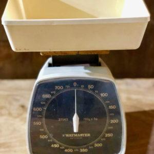 משקל שולחן וינטאג' J02