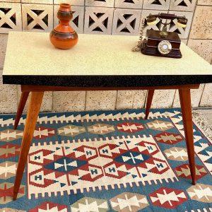 שולחן אוכל וינטאג' a14