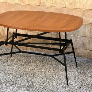 שולחן עץ עם פרזול a13
