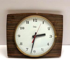 V5 שעון וינטאג' עץ