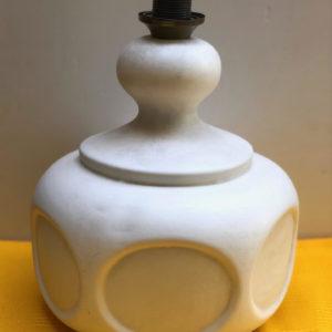 H07 מנורת קרמיקה