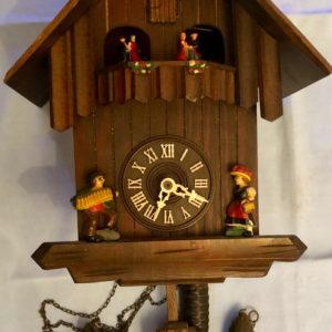 J41 שעון קוקייה