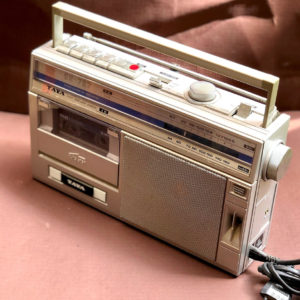 J110 רדיו קסטה וינטאג'