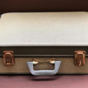 M4 מזוודה וינטאג' סטייל