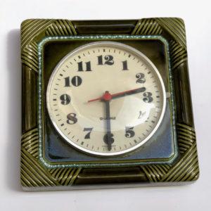 V18 שעון קרמיקה ירוק