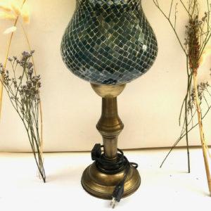H22 מנורת שולחן זכוכית ייחודית