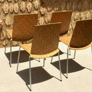 D13 כסאות עץ עם פרזול