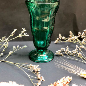 K59 אגרטל זכוכית ירוק