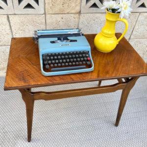 A36 שולחן צד וינטאג'