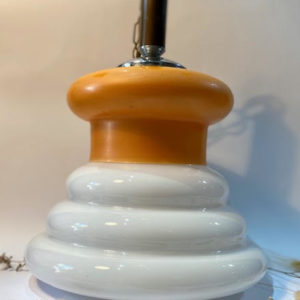 H68 מנורה כתום/לבן