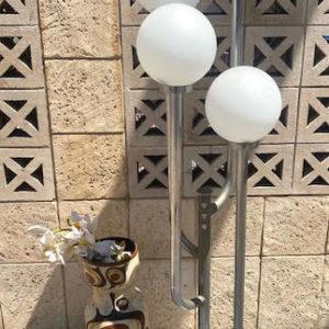 H56 מנורת רגל וינטאג' כדורים